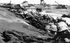 日军重炮覆盖了整个登陆滩头.jpg